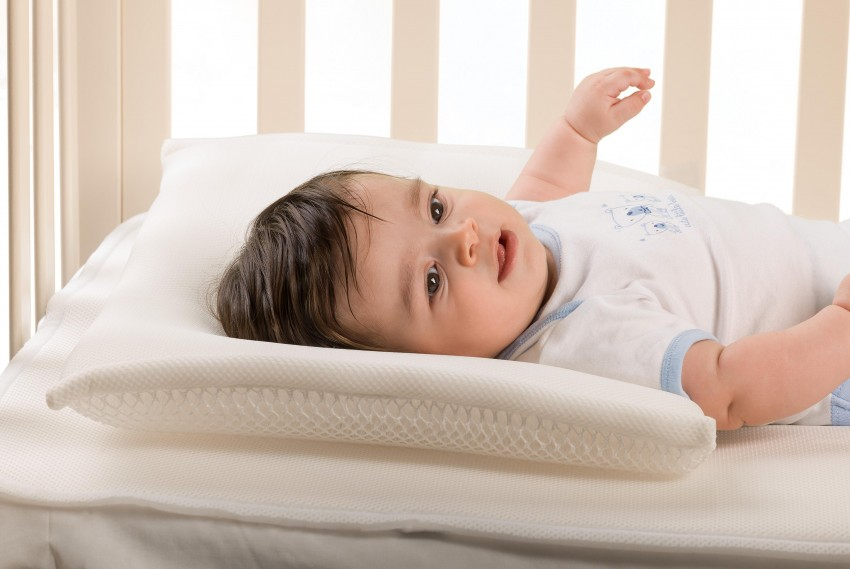 Подушка для новорожденного   уроки для мам