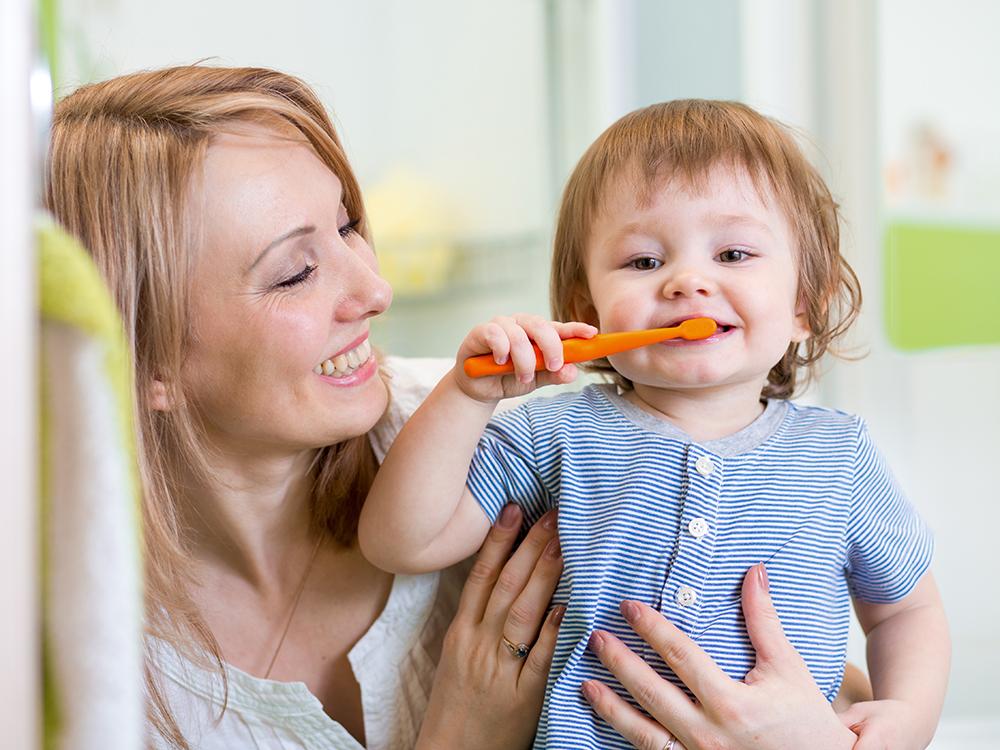 Врач-педиатр о том, как правильно чистить зубки ребёнку