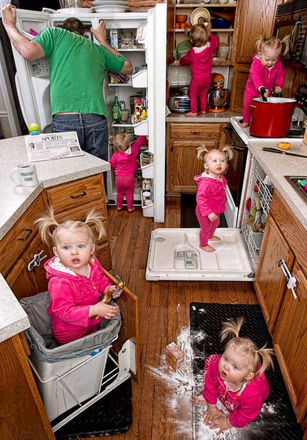 Чем занять годовалого ребенка на кухне, пока мама занята