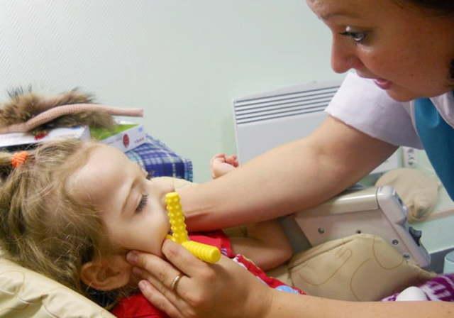 Детский логопедический массаж для развития речи