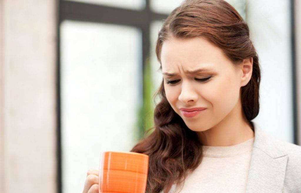 Неприятный привкус во рту при беременности: причины и лечение