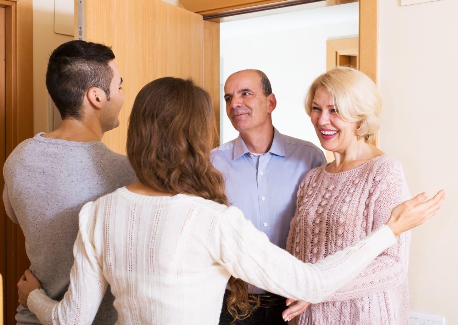 Как наладить отношения со свекровью: советы психологов