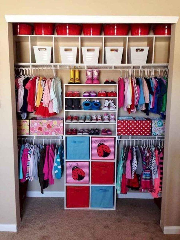 Хранение детской одежды в шкафу: 4 принципа, как навести порядок в детском шкафу