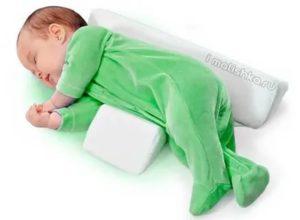 Можно ли грудничку спать на животе, спине, боку
