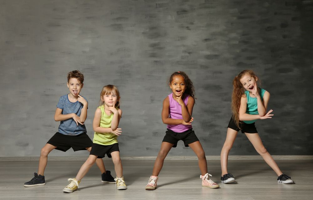 Зачем танцы для ребенка: 4 причины