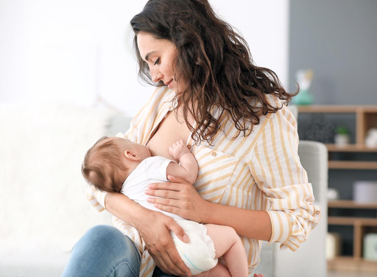 Капуста при грудном вскармливании: можно ли кушать кормящей маме - только факты