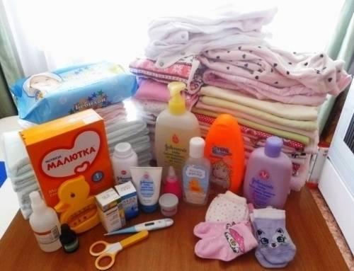Приметы, чтоб не сглазить. можно ли покупать вещи для новорожденного заранее?
