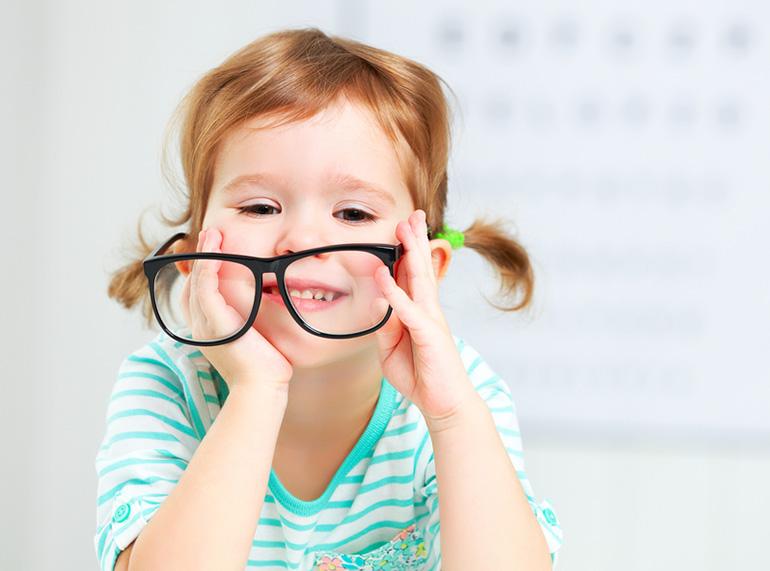 Как научить ребенка различать цвета - 5 методик