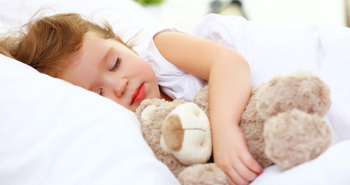 Ребенок спит только на улице: благо или зло?
