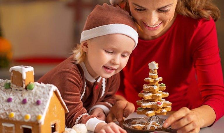 Сценарий новогоднего праздника для детей разного возраста.