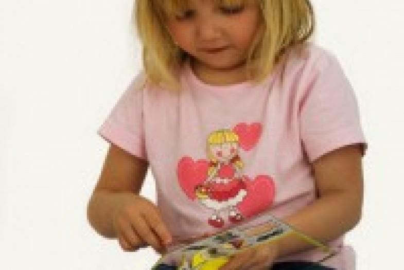Чем занять ребенка в 1 - 1,5 года: занимательные игры и занятия