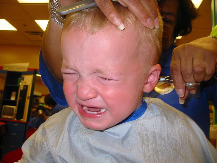 Я научилась сама стричь детей: несколько советов, которые помогут