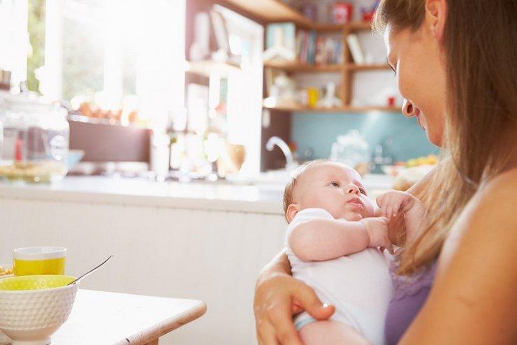 Уход за новорожденным ребенком в первые дни жизни: советы родителям
