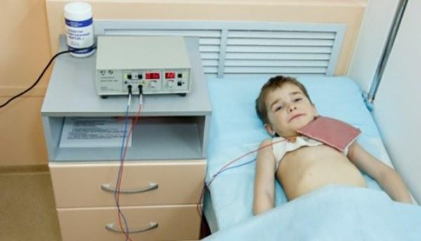 Электрофорез для грудничка: показания, плюсы, препараты