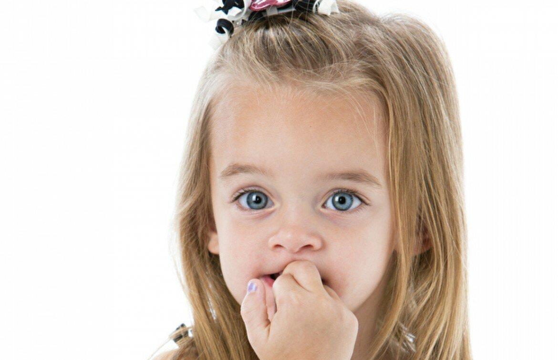 Что делать, если ребенок грызет ногти. причины и советы психолога | lisa.ru