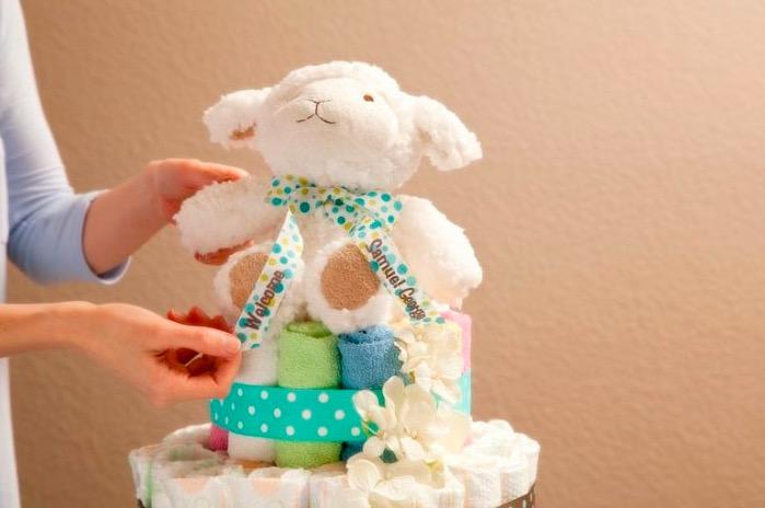 Торт из памперсов: как пошагово сделать своими руками для мальчиков и девочек