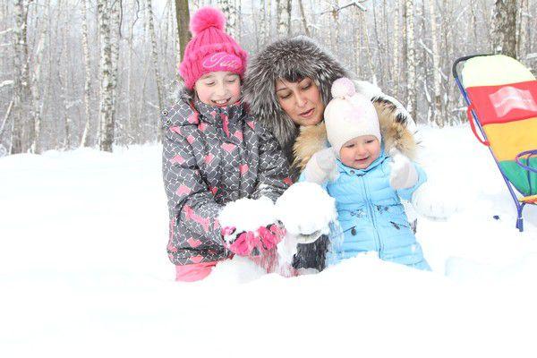 Консультация «зимние прогулки в детском саду»