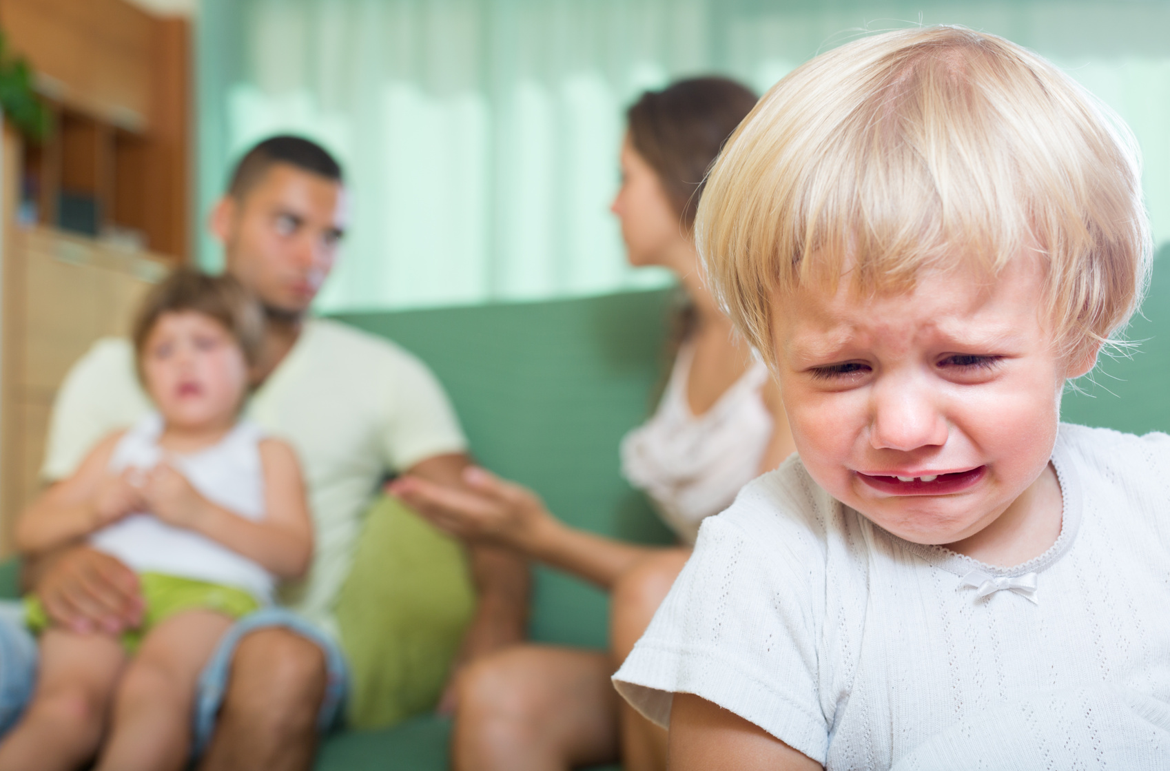 Влияние родителей на детей: как не испортить будущее ребенка