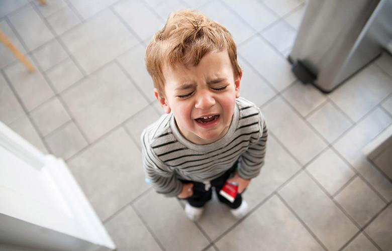 Как реагировать и бороться с капризами ребенка до года