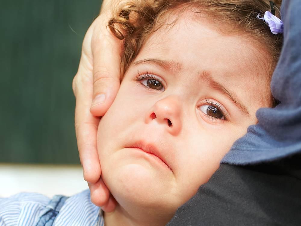 Кризис трех лет у ребенка: краткое описание, как проявляется, как пережить