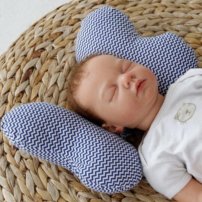 Подушка для ребёнка: в каком возрасте