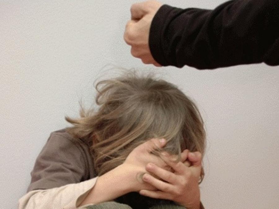 Про людей. история девушки, которую избивали родители — fonar.tv