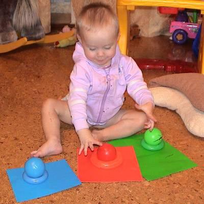 Как научить ребенка в 2-3 года различать цвета