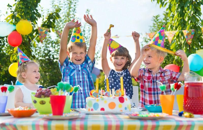 Как организовать веселые конкурсы для детей в маленьких помещениях