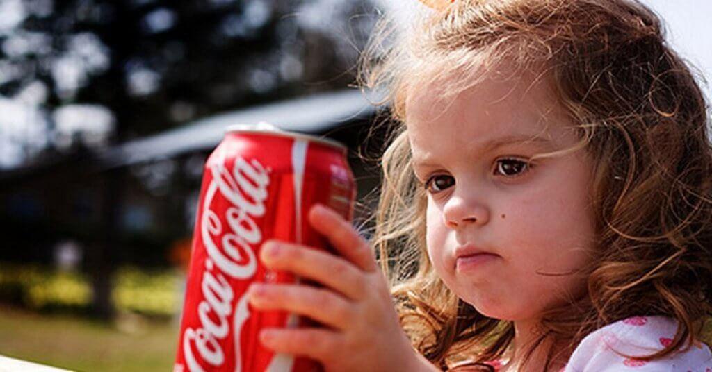 «запасайтесь кока-колой». комаровский рассказал, как лечить коронавирус дома