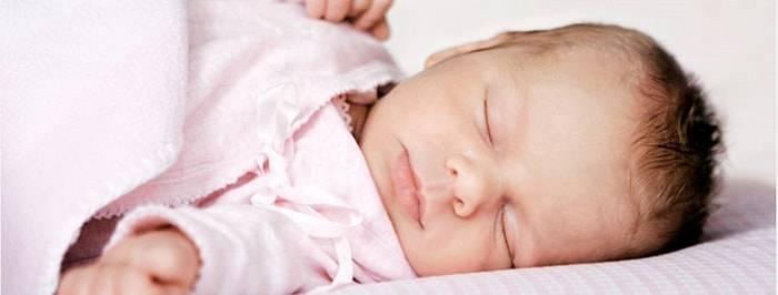 Ваш ребенок часто потеет во сне? узнайте об этом все!