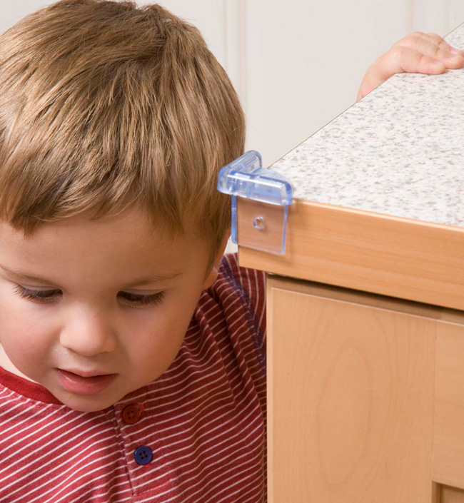 Консультации и рекомендации для родителей по безопасности детей на портале ya-roditel.ru.