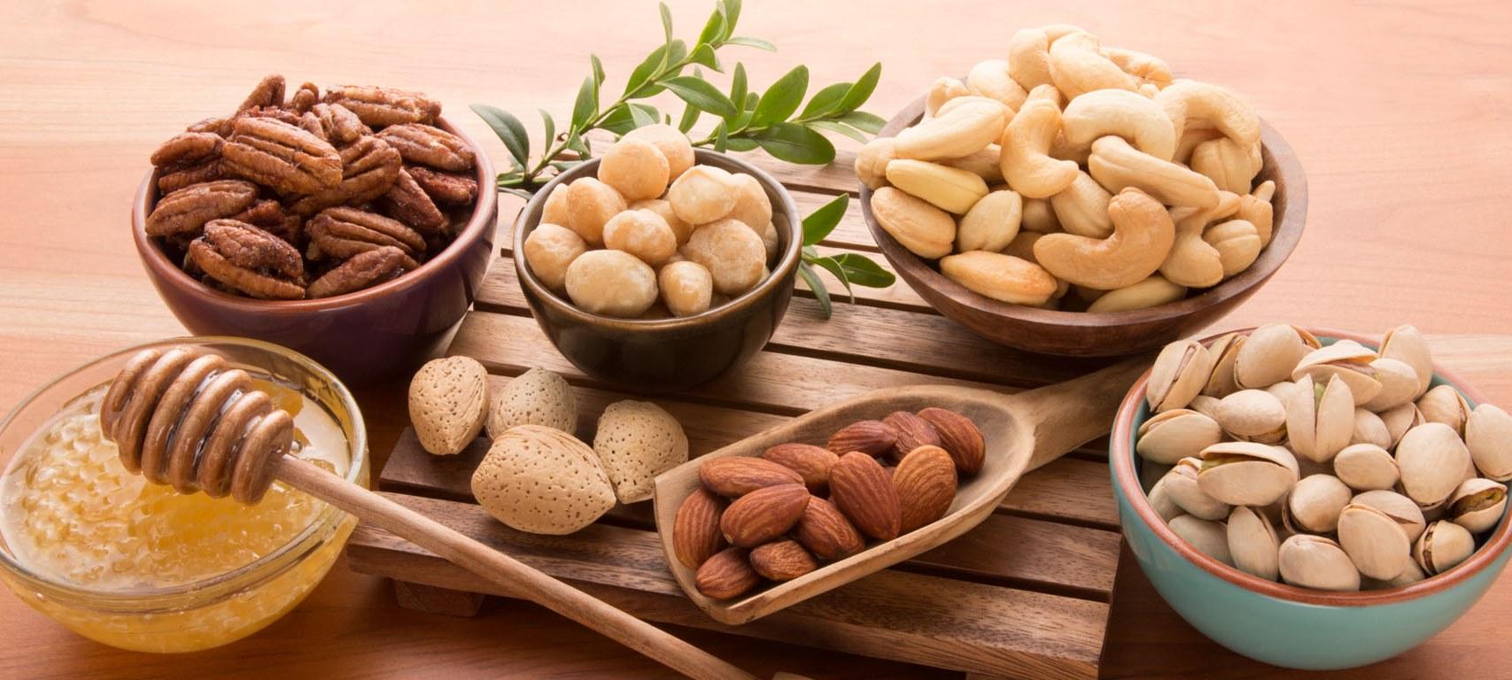 Употребление орехов в период беременности: польза или вред?
