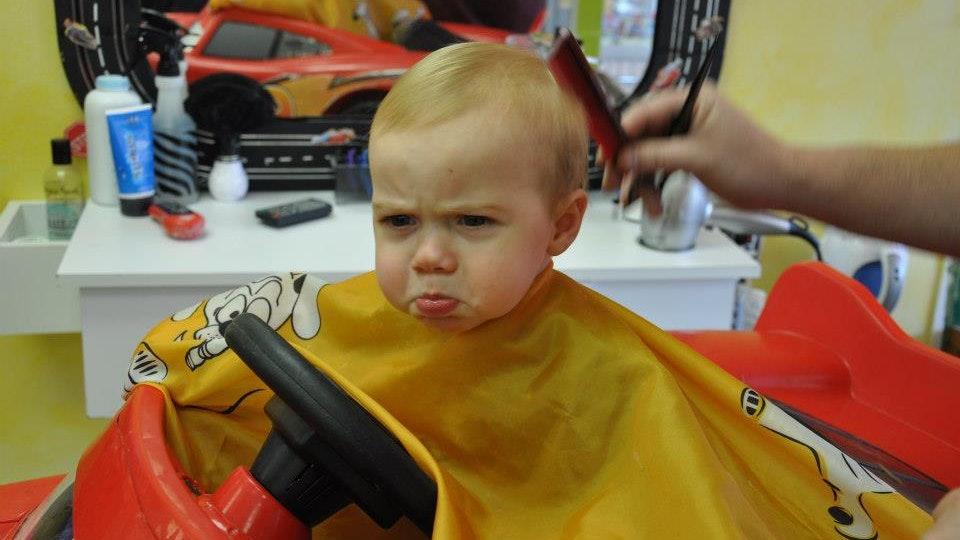 Как подстричь ребенка — пошаговая инструкция и схемы стрижек для мальчиков и девочек