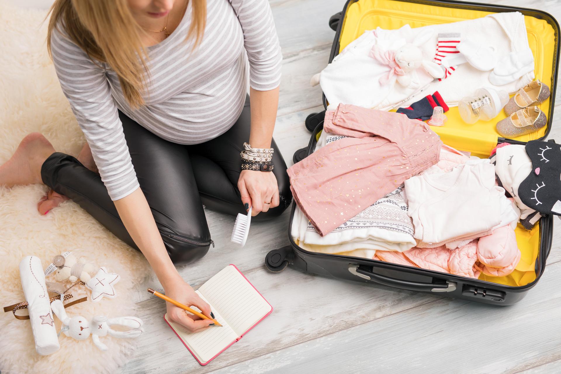 Что взять в путешествие с ребенком: список одежды, лекарств, средств гигиены
