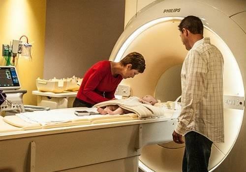 Кт головного мозга ребенку: что показывает и как делают компьютерную томографию головы, особенности для новорожденных