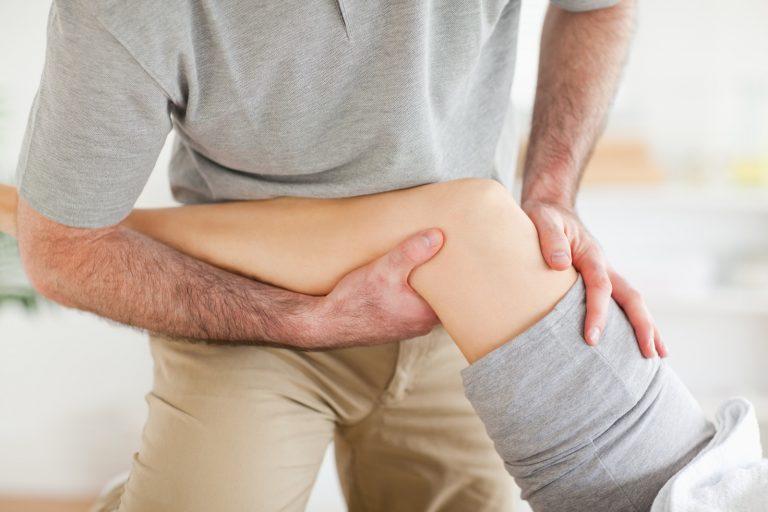 Боль в коленях и ногах у детей: причины, диагностика, лечение