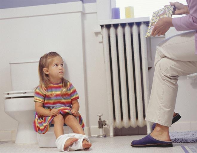 Недержание мочи и кала у детей. причины, лечение