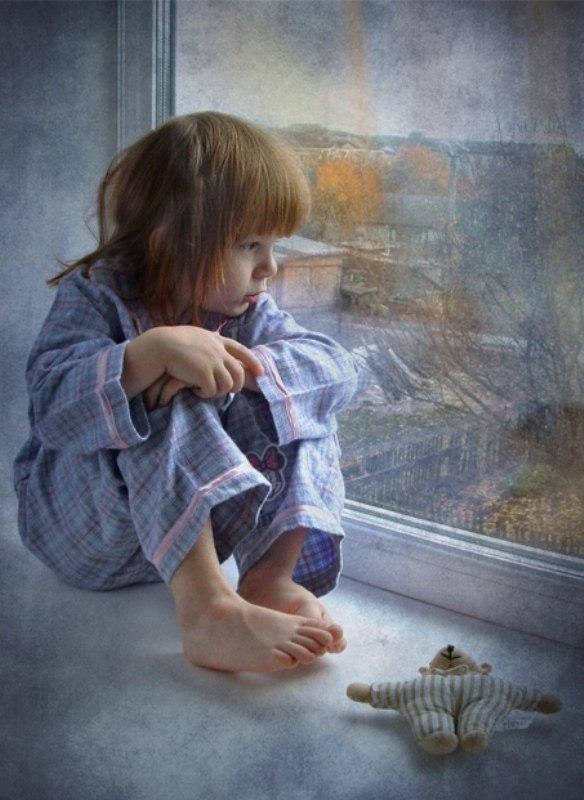 Больше никаких слез: способы убедить детей не плакать, когда вы уезжаете