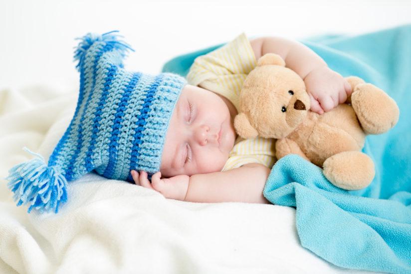 Сколько спит новорожденный: как организовать ребенку здоровый детский сон?