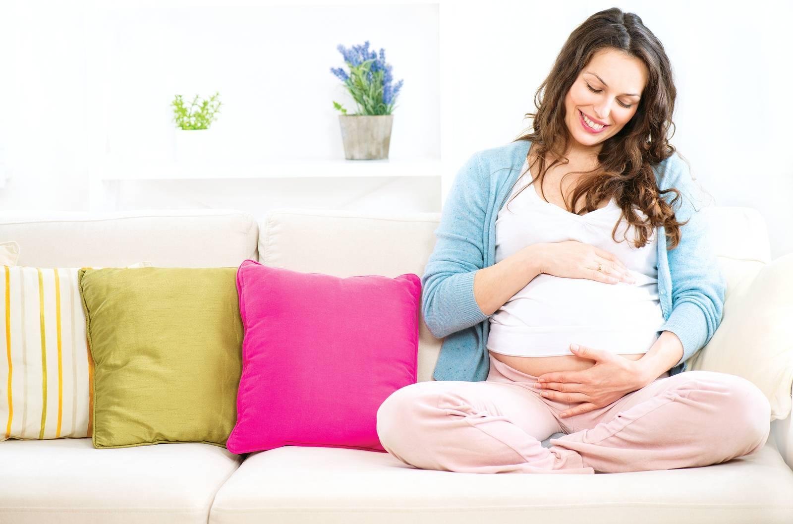 Значение и способы общения с ребенком до рождения (с видео)