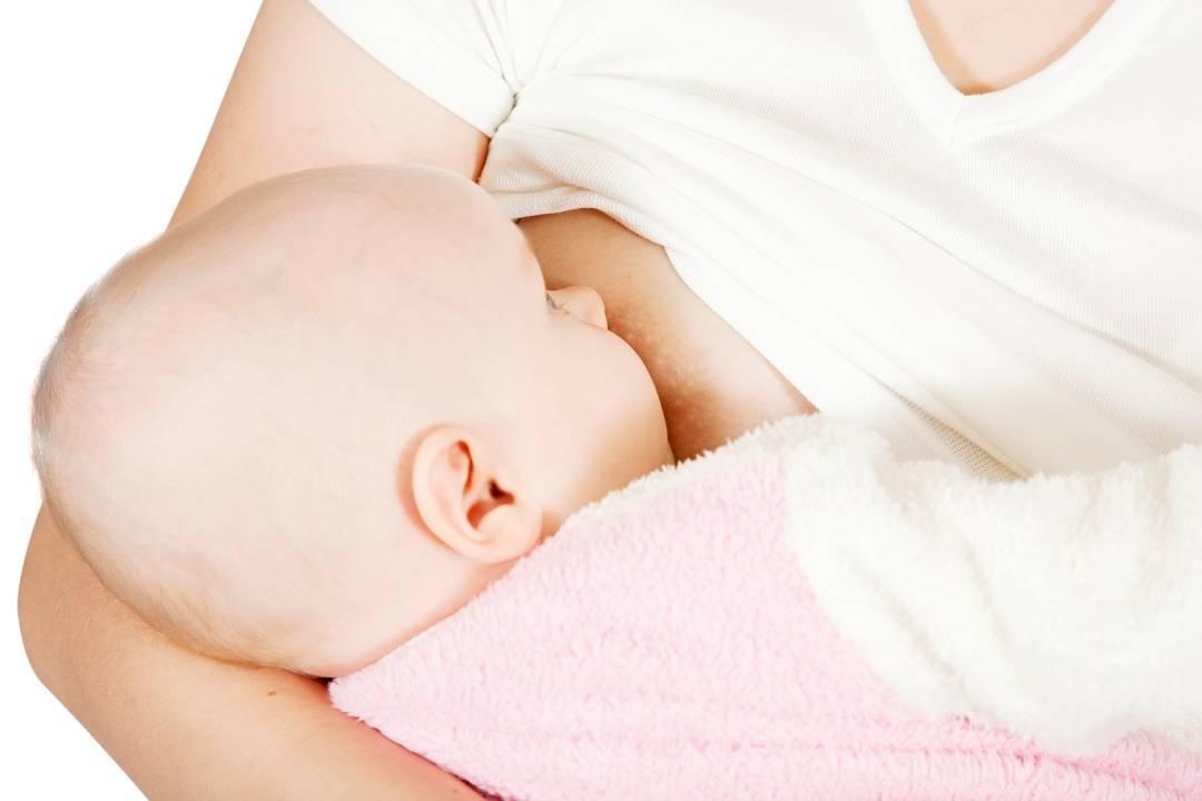 Болит грудь у кормящей мамы: причины, что делать симптомы трещены сосков лактостаз груди мастит при грудном вскармливании консультации комаровского