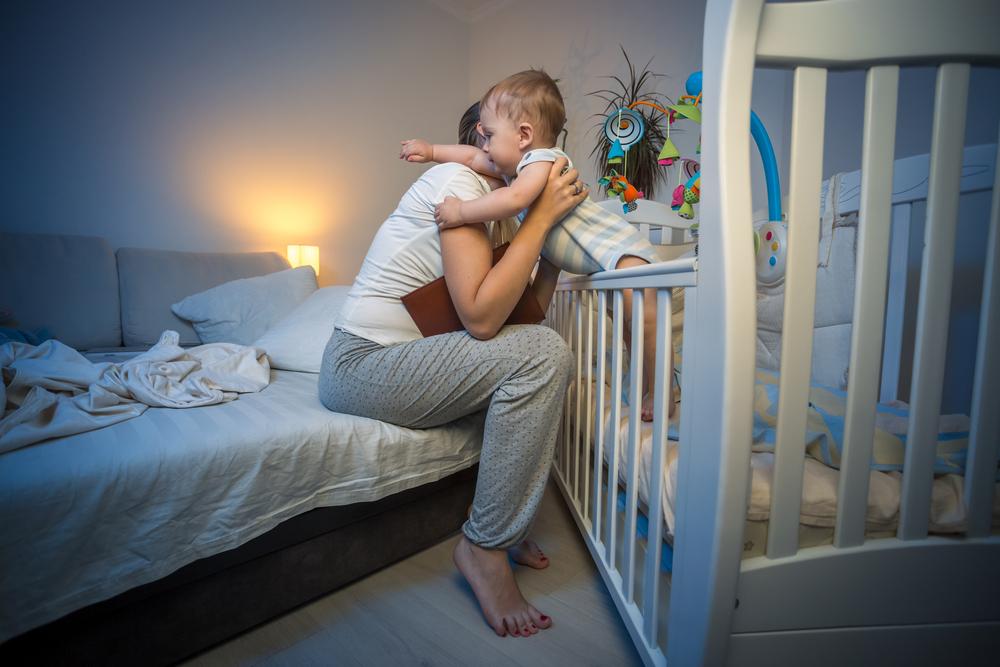 Учимся правильно будить ребёнка