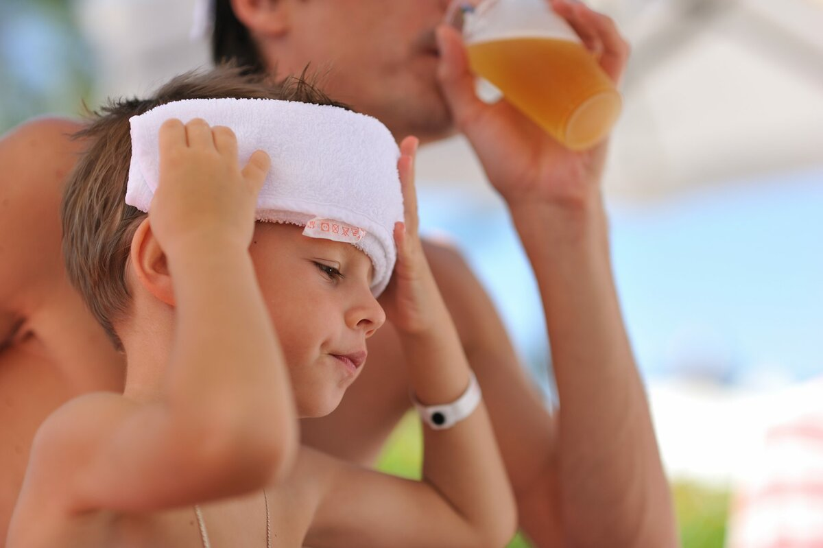 Как помочь младенцу пережить жару