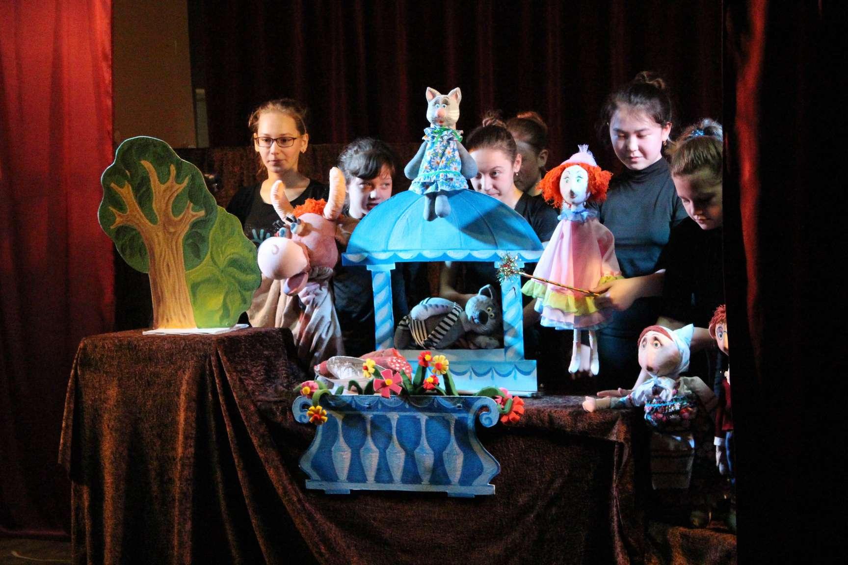 Как организовать дома кукольный театр