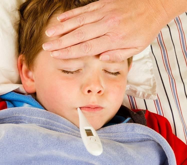 Ларингоспазм у детей: 7 причин, 11 симптомов приступа, первая помощь