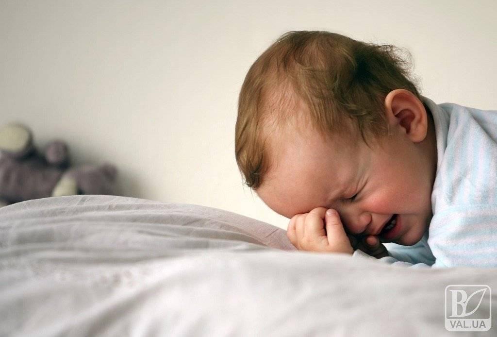 Что делать, если ребенок просыпается каждую ночь с истерикой