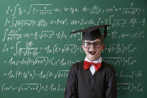 Семь ошибок воспитания, которые мешают детям добиться успеха