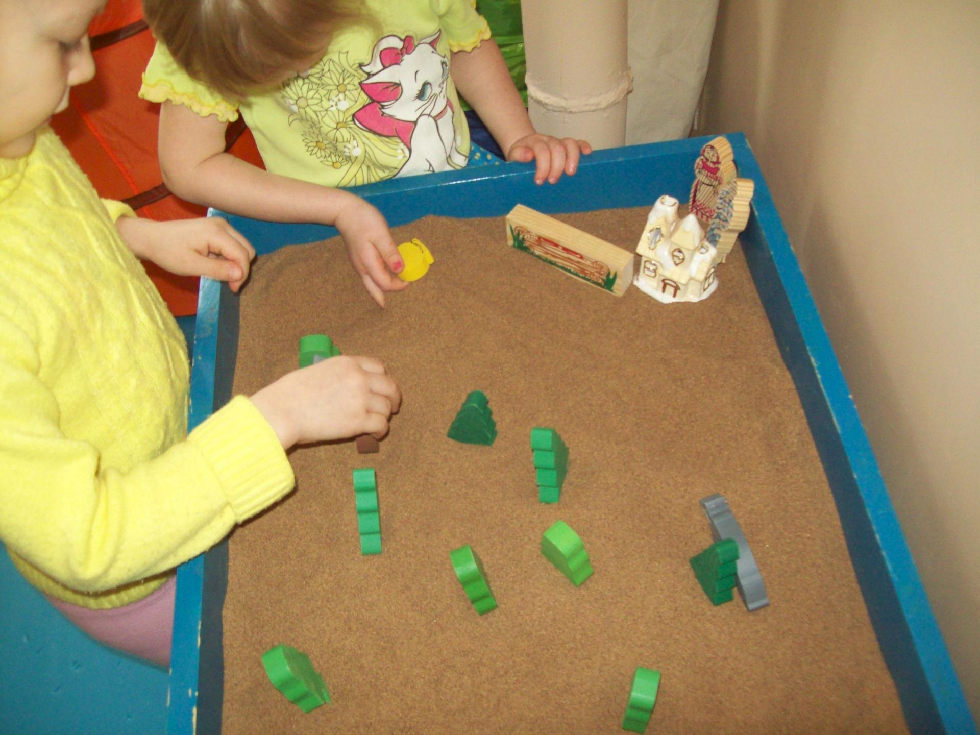 Песочная терапия для детей и взрослых: упражнения, средства для снятия психоэмоционального напряжения
