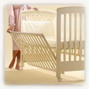 Выбор кроватки для новорожденного – люлька, трансформер или классика?
