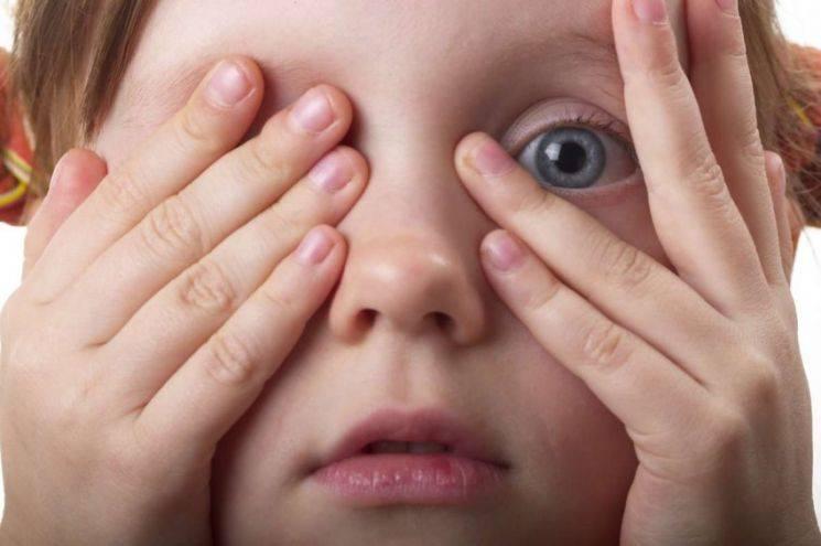 Основные симптомы, лечение и профилактика конъюнктивита у детей разного возраста